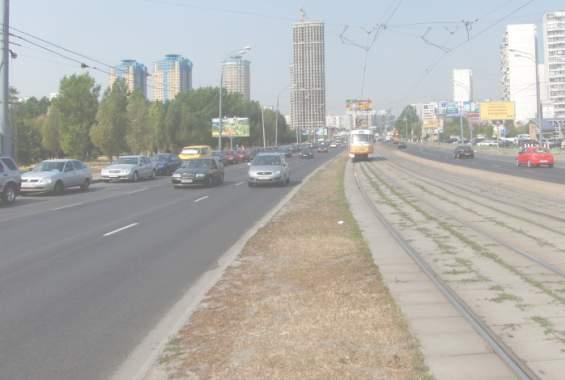 Строгинское шоссе летом