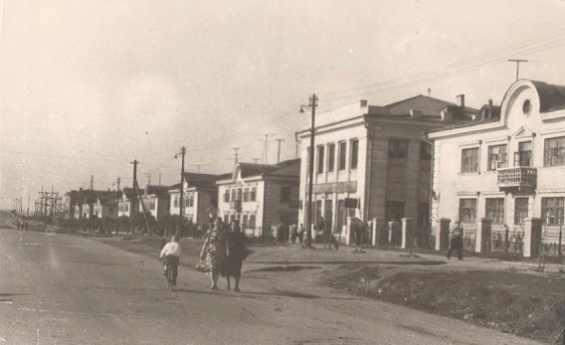 Сходнеская улица примерно 1950-х годах